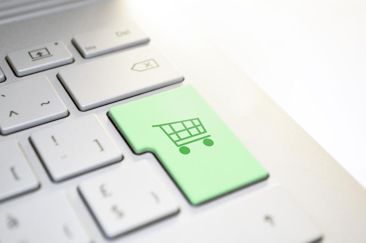 E-commerce B2C eMotori per vendere ricambi ai clienti finali