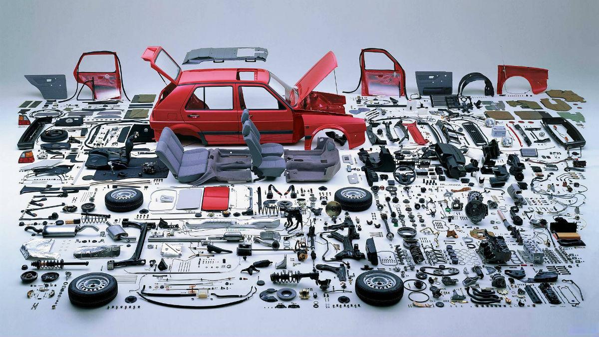 Perché NON scegliere un software per la gestione del magazzino ricambi auto gratis