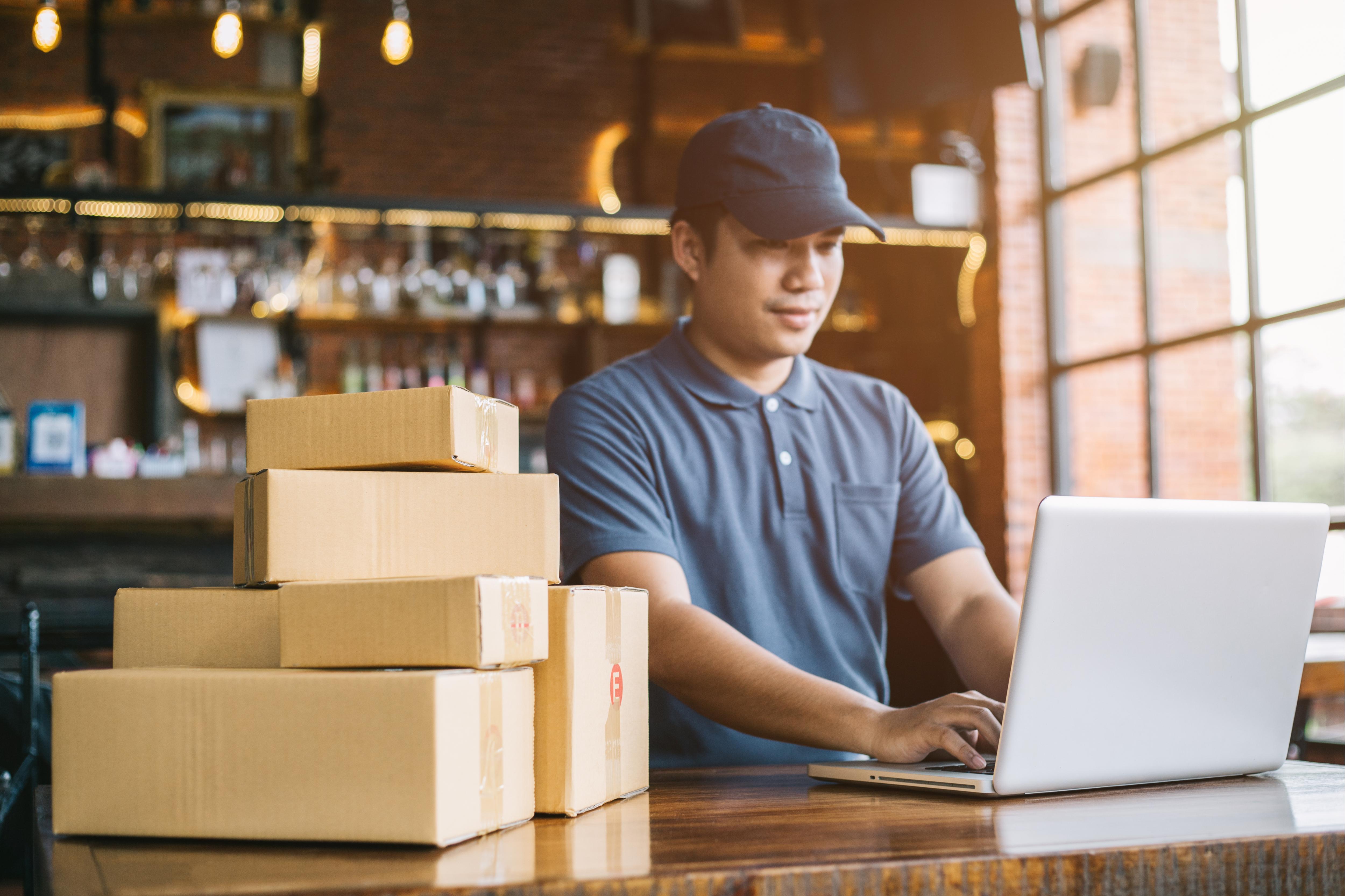 I vantaggi di gestire gli ordini clienti tramite web